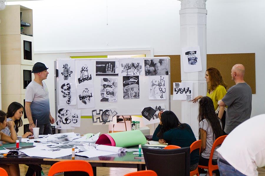 Workshop Visual Communication con Patrick Thomas - Master of Communication Design Labs